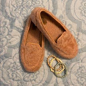EUC UGG Ladies slippers